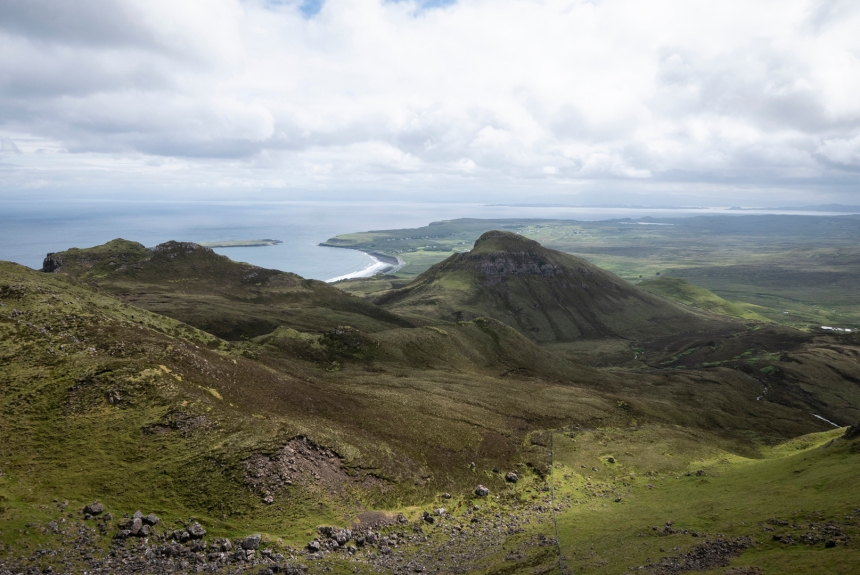 View from the hike over the Quiraing mountain range.